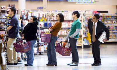 gente supermercato