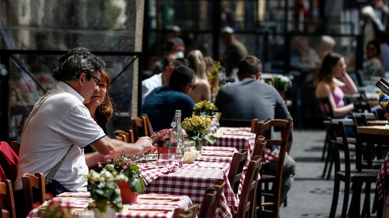 riaperture ristorante esterno