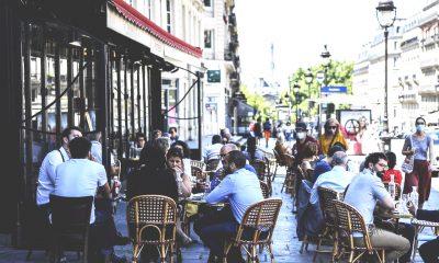 francia gente al bar